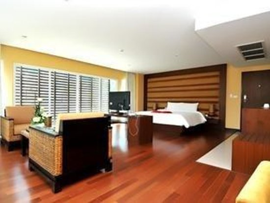 The Kris Residence: Premier room