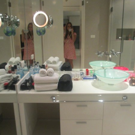BYD Lofts Boutique Hotel & Serviced Apartments:                   our modern bathroom