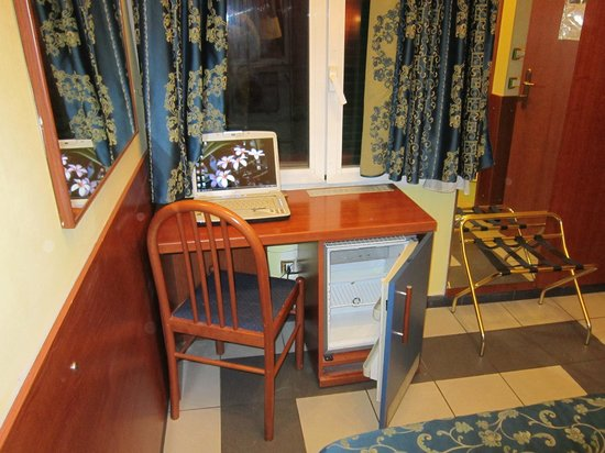 EverGreen Bed and Breakfast: Camere con pc con accesso GRATUITO ad internet