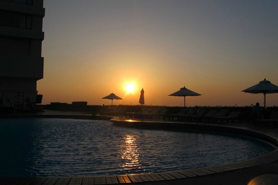 Trident, Nariman Point:                   Sunset from pool