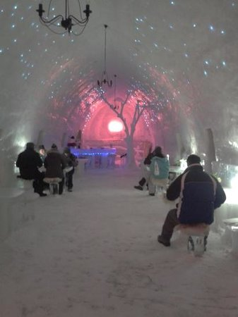 Ice Hotel Romania:                   Dining at the Ice Hotel