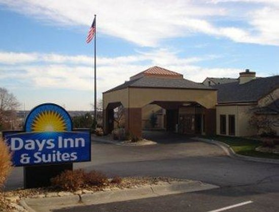 Days Inn and Suites Omaha's Image