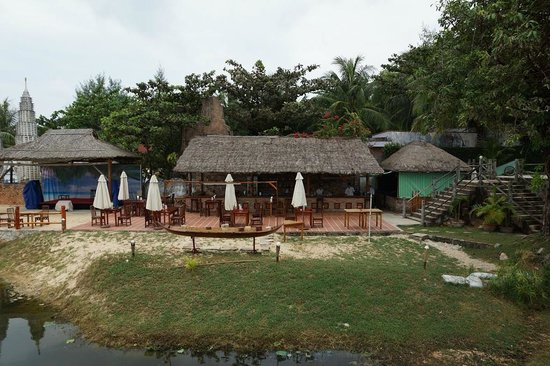 Long Beach Resort Phu Quoc:                   LB-Strandbar