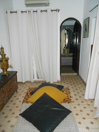 Riad Aladdin:                   the wardrobe and toilet