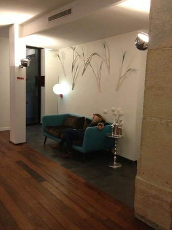 Hotel Joyce - Astotel:                   reception hall and my daughter tired to death