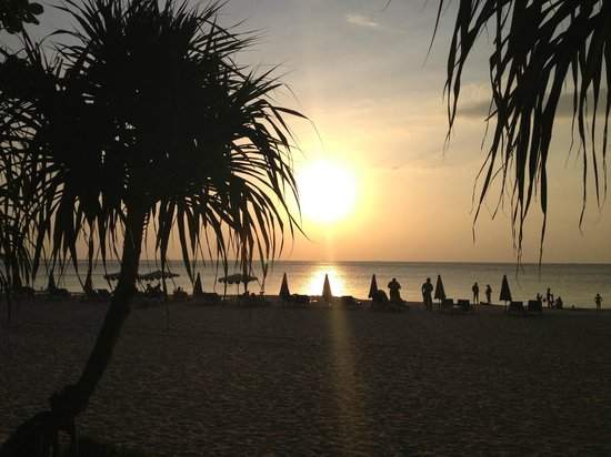 Katathani Phuket Beach Resort: sunset
