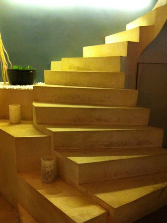 The Purple Mangosteen:                   staircase