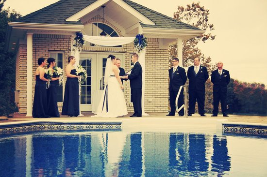 Southern Grace Bed and Breakfast:                   Ceremony