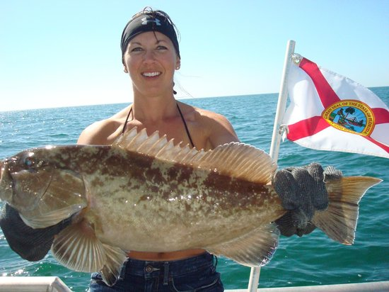 600 lb goliath grouper caught deep sea offshore fishing for Deep sea fishing fort myers beach