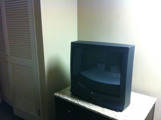 HYATT house Sacramento/Rancho Cordova:                   Loft TV