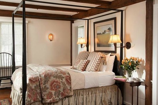 Garden Gables Inn: Suite 10