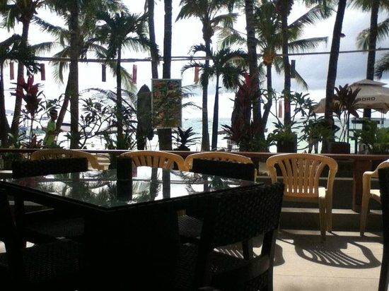 Crown Regency Resort Boracay:                   Main Lobby