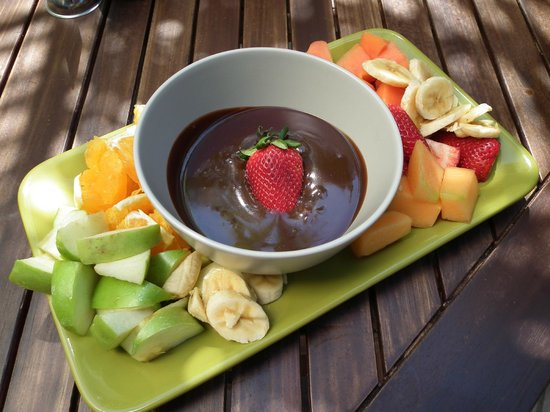 Caloundra, Australia:                   Vegan Fondue with fresh fruit