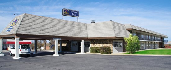 BEST WESTERN Wyota Inn