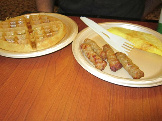 Hampton Inn & Suites by Hilton Kitchener:                   Breakfast at the hotel