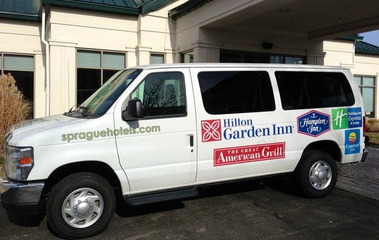 Hilton Garden Inn Columbus/Edinburgh: Shuttle Van