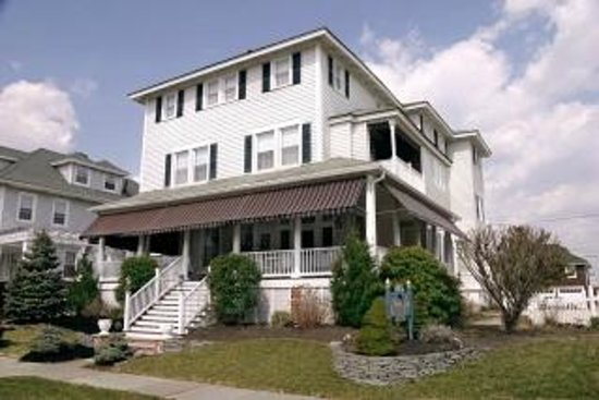 Avon by the Sea, NJ: The Atlantic View Inn B&B