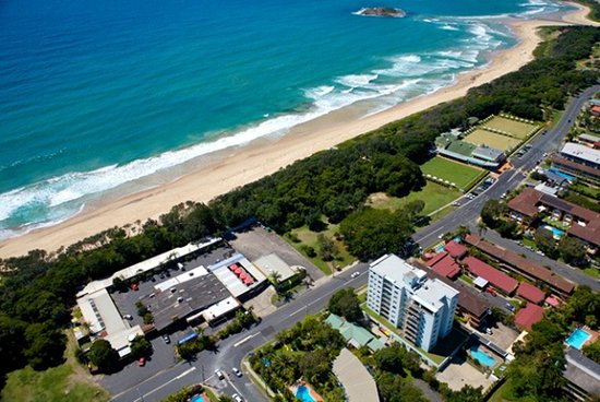 Park Beach Hotel Motel / Hoey Moey Backpackers: Direct Beach Access