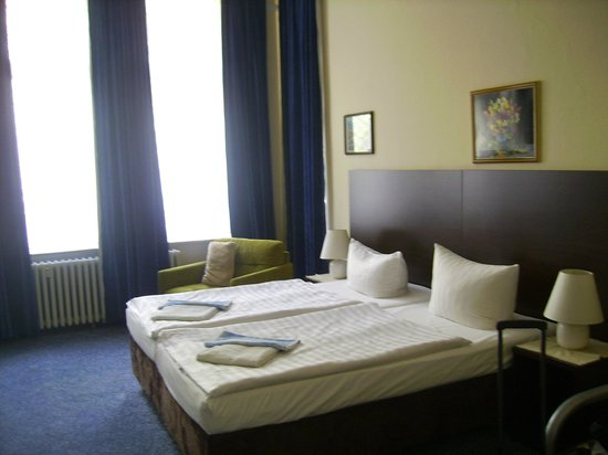 Hotel Pension Insel Ruegen :                   room