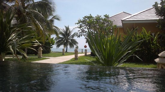 Villa Phra Chan Resort:                                     Small pool