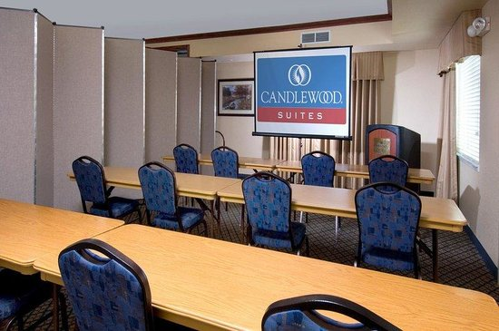Candlewood Suites - Rogers: Big Clifty Meeting Room with Divider