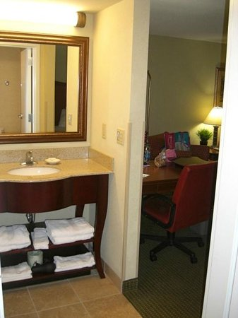 Hampton Inn & Suites Fort Myers-Estero: View from the bathroom