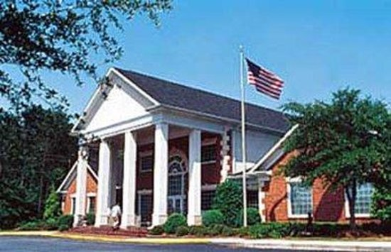 Photo of White Columns Inn Thomson