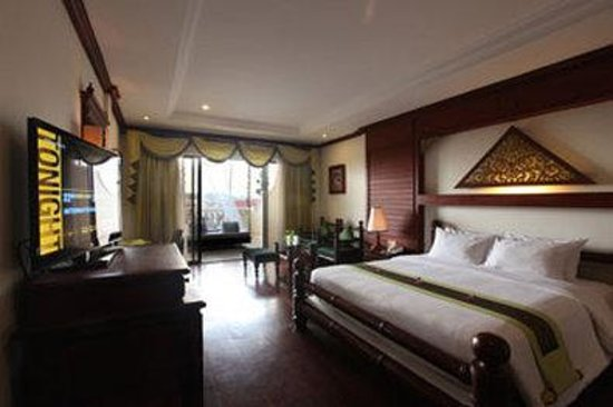 Borei Angkor Resort & Spa: Sunset Suite