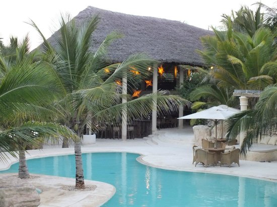 Swahili Beach Resort:                   Le bar de la plage