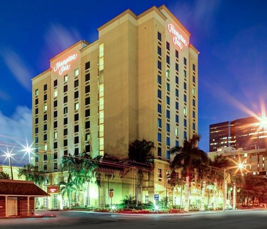 Hampton Inn Fort Lauderdale Downtown - City Center: Exterior of Hotel