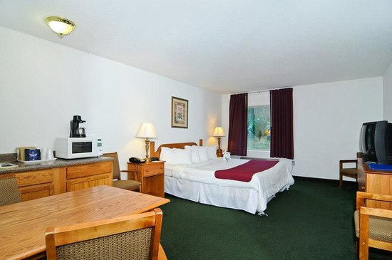 BEST WESTERN Berkeley Springs Inn: Family Suite