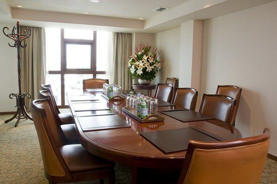 Swissotel Lima: Executive Board