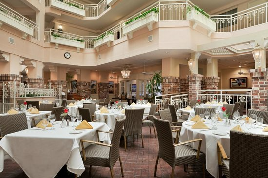 Embassy Suites by Hilton Hotel San Rafael - Marin County / Conference Center: 101 Restaurant