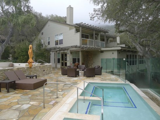 Carmel Valley Ranch: Hot tubs with spa and exercise building beyond.