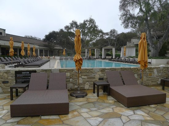 Carmel Valley Ranch: Hot tubs and pool.