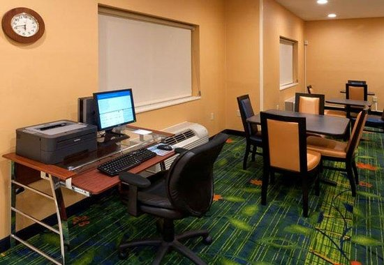 Fairfield Inn by Marriott Dothan: Business Center