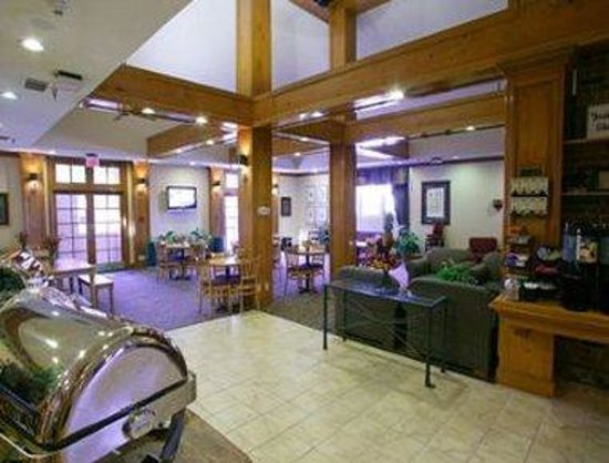 Hawthorn Suites by Wyndham Omaha, NE: Breakfast Area