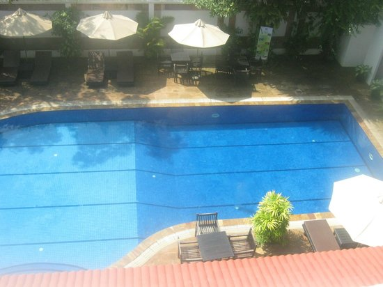 Lin Ratanak Angkor Hotel:                   the pool
