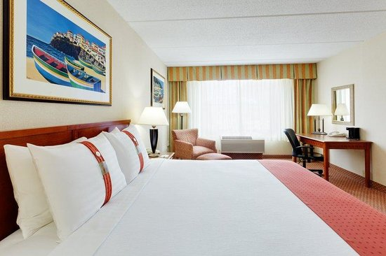 Holiday Inn South Kingstown: King Guest Room