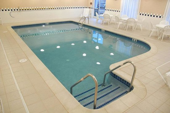 Holiday Inn Express Hotel & Suites Bethlehem: Swimming Pool