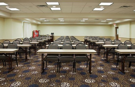 Holiday Inn Express Hotel & Suites La Porte: Large Conference Room