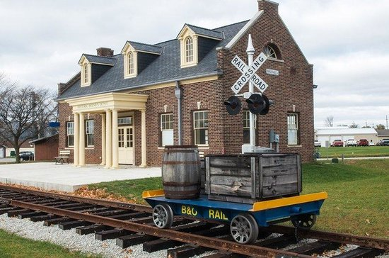 Holiday Inn Express Plymouth: Bremen Train Depot