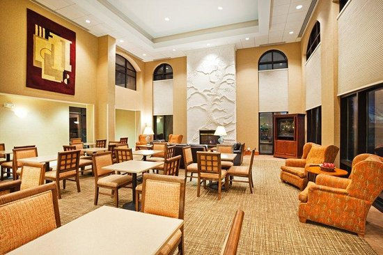 Holiday Inn Express Boone: Guest Dining Lounge