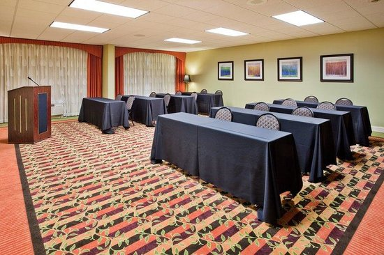 Holiday Inn Express Greenville I-85 and Woodruff Road: Meetings banquets parties at our Greenville, SC hotel near airport