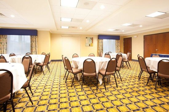 Holiday Inn Express Hotel & Suites Chicago South Lansing: Meeting Room