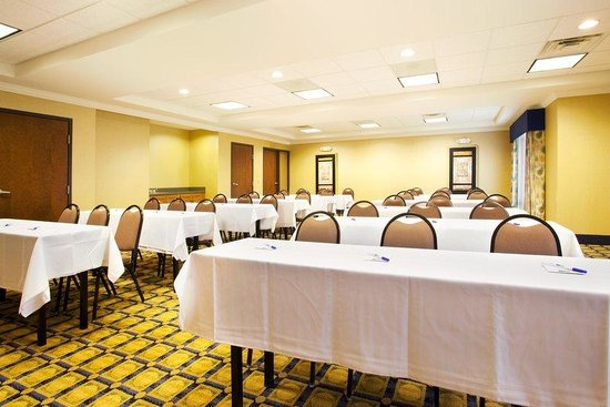 Holiday Inn Express Hotel &amp; Suites Chicago South Lansing: Meeting Room