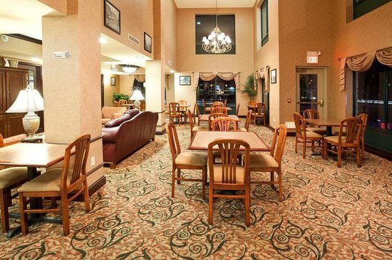 Holiday Inn Express &amp; Suites Austin - Sunset Valley: Breakfast Area