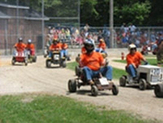 Holiday Inn Express Hotel & Suites Logansport: Lawn Tractor Races