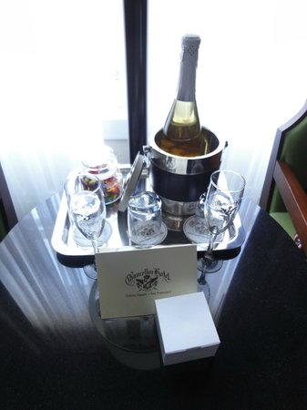 Chancellor Hotel on Union Square:                   Honeymoon Welcome package