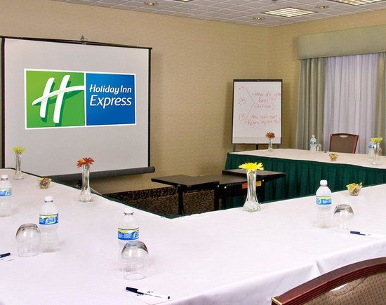 Holiday Inn Express Ann Arbor: Conference Room